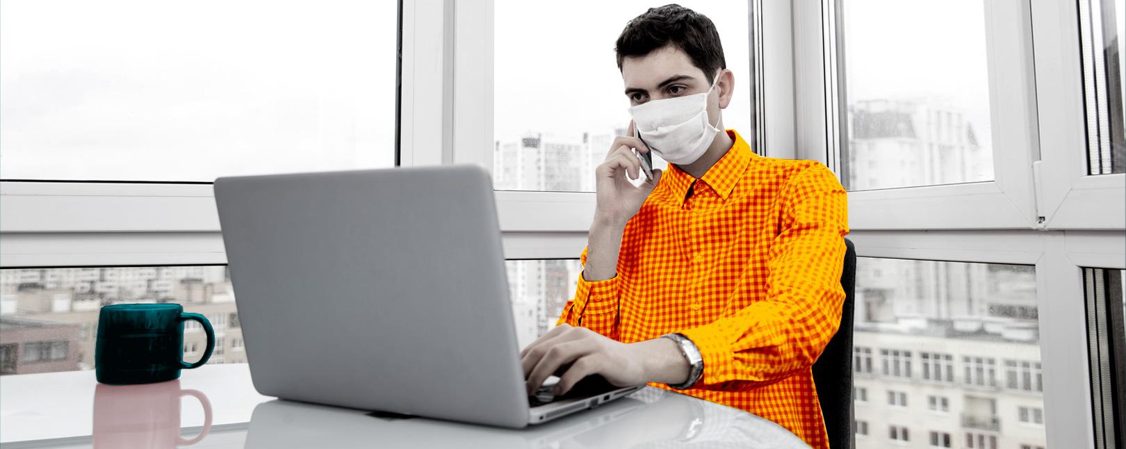 online shopping coronavirus ecommerce man